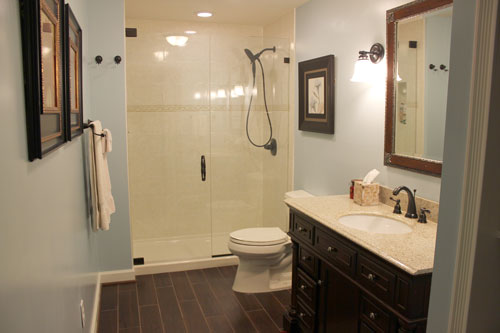 Design to Build Bathroom by Lowe's Plumbing Inc.